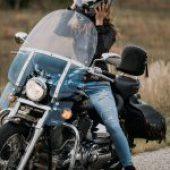 Tips voor motorrijden met lang haar!